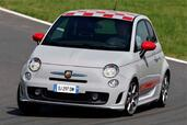Abarth 500  photo 7 http://www.voiturepourlui.com/images/Abarth/500/Exterieur/Abarth_500_007.jpg