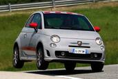 Abarth 500  photo 10 http://www.voiturepourlui.com/images/Abarth/500/Exterieur/Abarth_500_010.jpg