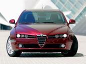 Alfa-Romeo 159  photo 31 http://www.voiturepourlui.com/images/Alfa-Romeo/159/Exterieur/Alfa_Romeo_159_051.jpg