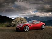 Alfa-Romeo 8C  photo 2 http://www.voiturepourlui.com/images/Alfa-Romeo/8C/Exterieur/Alfa_Romeo_8C_002.jpg