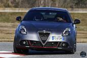 Alfa-Romeo Giulietta 2017  photo 16 http://www.voiturepourlui.com/images/Alfa-Romeo/Giulietta-2017/Exterieur/Alfa_Romeo_Giulietta_2017_017_gris_avant_face_calandre_phares_feux.jpg