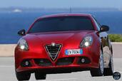 Alfa-Romeo Giulietta Quadrifoglio Verde 2014  photo 9 http://www.voiturepourlui.com/images/Alfa-Romeo/Giulietta-Quadrifoglio-Verde-2014/Exterieur/Alfa_Romeo_Giulietta_Quadrifoglio_Verde_2014_009.jpg