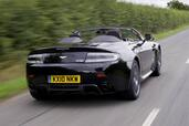 Aston-Martin V8 Vantage N420 Roadster  photo 9 http://www.voiturepourlui.com/images/Aston-Martin/V8-Vantage-N420-Roadster/Exterieur/Aston_Martin_V8_Vantage_N420_Roadster_009.jpg