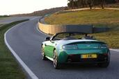 Aston-Martin V8 Vantage S Roadster  photo 9 http://www.voiturepourlui.com/images/Aston-Martin/V8-Vantage-S-Roadster/Exterieur/Aston_Martin_V8_Vantage_S_Roadster_009.jpg