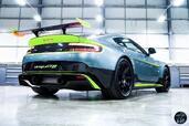Aston-Martin Vantage GT8 2017  photo 4 http://www.voiturepourlui.com/images/Aston-Martin/Vantage-GT8-2017/Exterieur/Aston_Martin_Vantage_GT8_2017_004_gris_fluo_aileron_arriere.jpg