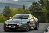 Aston-Martin Vantage N430 V8 2015  photo 7 http://www.voiturepourlui.com/images/Aston-Martin/Vantage-N430-V8-2015/Exterieur/Aston_Martin_Vantage_N430_V8_2015_007.jpg
