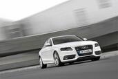 Audi A4  photo 3 http://www.voiturepourlui.com/images/Audi/A4/Exterieur/Audi_A4_003.jpg