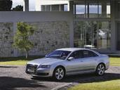 Audi A8  photo 8 http://www.voiturepourlui.com/images/Audi/A8/Exterieur/Audi_A8_024.jpg