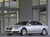 Audi A8  photo 33 http://www.voiturepourlui.com/images/Audi/A8/Exterieur/Audi_A8_061.jpg