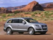 Audi Q7  photo 3 http://www.voiturepourlui.com/images/Audi/Q7/Exterieur/Audi_Q7_003.jpg