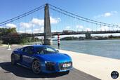 Audi R8 2015  photo 6 http://www.voiturepourlui.com/images/Audi/R8-2015/Exterieur/Audi_R8_2015_006_bleu.jpg