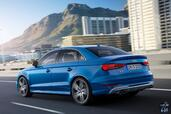 Audi S3 Sedan 2017  photo 14 http://www.voiturepourlui.com/images/Audi/S3-Sedan-2017/Exterieur/Audi_S3_Sedan_2017_015_bleu_vitesse_arriere.jpg
