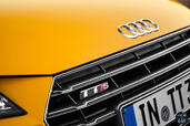 Audi TTS Coupe  photo 40 http://www.voiturepourlui.com/images/Audi/TTS-Coupe/Exterieur/Audi_TTS_Coupe_041_capot.jpg