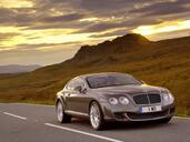 Bentley Continental GT Speed 2009  photo 1 http://www.voiturepourlui.com/images/Bentley/Continental-GT-Speed-2009/Exterieur/Bentley_Continental_GT_Speed_2009_001.jpg