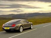 Bentley Continental GT Speed 2009  photo 7 http://www.voiturepourlui.com/images/Bentley/Continental-GT-Speed-2009/Exterieur/Bentley_Continental_GT_Speed_2009_007.jpg