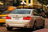 Bmw 750Li 2011  photo 8 http://www.voiturepourlui.com/images/Bmw/750Li-2011/Exterieur/Bmw_750Li_2011_008.jpg