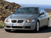 Bmw Serie 3 Coupe  photo 2 http://www.voiturepourlui.com/images/Bmw/Serie-3-Coupe/Exterieur/Bmw_Serie3_Coupe_015.jpg