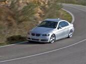 Bmw Serie 3 Coupe  photo 15 http://www.voiturepourlui.com/images/Bmw/Serie-3-Coupe/Exterieur/Bmw_Serie3_Coupe_051.jpg
