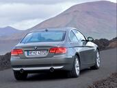Bmw Serie 3 Coupe  photo 33 http://www.voiturepourlui.com/images/Bmw/Serie-3-Coupe/Exterieur/Bmw_Serie_3_Coupe_008.jpg