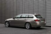 Bmw Serie 5 Touring  photo 7 http://www.voiturepourlui.com/images/Bmw/Serie-5-Touring/Exterieur/Bmw_Serie_5_Touring_007.jpg