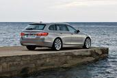 Bmw Serie 5 Touring  photo 18 http://www.voiturepourlui.com/images/Bmw/Serie-5-Touring/Exterieur/Bmw_Serie_5_Touring_018.jpg