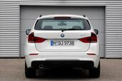 Bmw X1 sDrive20d  photo 16 http://www.voiturepourlui.com/images/Bmw/X1-sDrive20d/Exterieur/Bmw_X1_sDrive20d_016.jpg