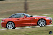 Bmw Z4 Roadster  photo 25 http://www.voiturepourlui.com/images/Bmw/Z4-Roadster/Exterieur/Bmw_Z4_Roadster_026_profil.jpg