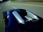 Bugatti Veyron  photo 8 http://www.voiturepourlui.com/images/Bugatti/Veyron/Exterieur/Bugatti_Veyron_008.jpg