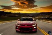 Chevrolet Camaro 2016  photo 31 http://www.voiturepourlui.com/images/Chevrolet/Camaro-2016/Exterieur/Chevrolet_Camaro_2016_035_rouge_avant_face_feux_phares.jpg