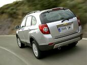 Chevrolet Captiva  photo 14 http://www.voiturepourlui.com/images/Chevrolet/Captiva/Exterieur/Chevrolet_Captiva_014.jpg