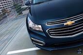 Chevrolet Cruze 2015  photo 8 http://www.voiturepourlui.com/images/Chevrolet/Cruze-2015/Exterieur/Chevrolet_Cruze_2015_008_phare.jpg
