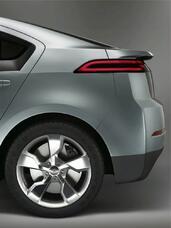 Chevrolet Volt Concept  photo 7 http://www.voiturepourlui.com/images/Chevrolet/Volt-Concept/Exterieur/Chevrolet_Volt_Concept_007.jpg