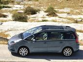 Citroen C4 Grand Picasso  photo 2 http://www.voiturepourlui.com/images/Citroen/C4-Grand-Picasso/Exterieur/Citroen_C4_GD_Picasso_008.jpg