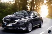 Citroen DS5 2015  photo 9 http://www.voiturepourlui.com/images/Citroen/DS5-2015/Exterieur/Citroen_DS5_2015_009_bleu_avant_face.jpg