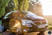 Citroen DS5 2015  photo 18 http://www.voiturepourlui.com/images/Citroen/DS5-2015/Exterieur/Citroen_DS5_2015_019_bleu_avant.jpg
