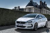 Citroen DS5 2015  photo 26 http://www.voiturepourlui.com/images/Citroen/DS5-2015/Exterieur/Citroen_DS5_2015_027_blanc_avant.jpg
