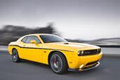 Dodge Challenger SRT8 392 Yellow Jacket  photo 3 http://www.voiturepourlui.com/images/Dodge/Challenger-SRT8-392-Yellow-Jacket/Exterieur/Dodge_Challenger_SRT8_392_Yellow_Jacket_003.jpg