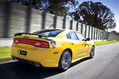 Dodge Charger SRT8 Super Bee  photo 10 http://www.voiturepourlui.com/images/Dodge/Charger-SRT8-Super-Bee/Exterieur/Dodge_Charger_SRT8_Super_Bee_010.jpg