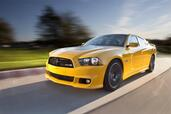 Dodge Charger SRT8 Super Bee  photo 11 http://www.voiturepourlui.com/images/Dodge/Charger-SRT8-Super-Bee/Exterieur/Dodge_Charger_SRT8_Super_Bee_011.jpg