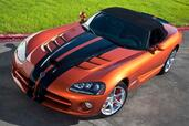 Dodge Viper SRT10  photo 1 http://www.voiturepourlui.com/images/Dodge/Viper-SRT10/Exterieur/Dodge_Viper_SRT10_001.jpg
