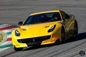 Ferrari F12 tdf 2016  photo 4 http://www.voiturepourlui.com/images/Ferrari/F12-tdf-2016/Exterieur/Ferrari_F12_tdf_2016_004_jaune_avant.jpg