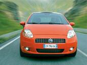 Fiat Grande Punto  photo 3 http://www.voiturepourlui.com/images/Fiat/Grande-Punto/Exterieur/Fiat_Grande_Punto_003.jpg