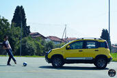 Fiat Panda Cross  photo 10 http://www.voiturepourlui.com/images/Fiat/Panda-Cross/Exterieur/Fiat_Panda_Cross_010_foot.jpg