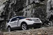 Ford Explorer 2011  photo 4 http://www.voiturepourlui.com/images/Ford/Explorer-2011/Exterieur/Ford_Explorer_2011_004.jpg