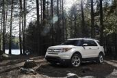 Ford Explorer 2011  photo 10 http://www.voiturepourlui.com/images/Ford/Explorer-2011/Exterieur/Ford_Explorer_2011_010.jpg