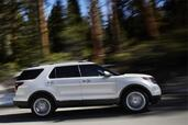 Ford Explorer 2011  photo 17 http://www.voiturepourlui.com/images/Ford/Explorer-2011/Exterieur/Ford_Explorer_2011_017.jpg