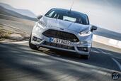 Ford Fiesta ST200 2016  photo 14 http://www.voiturepourlui.com/images/Ford/Fiesta-ST200-2016/Exterieur/Ford_Fiesta_ST200_2016_015_gris_avant_face.jpg