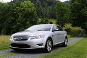 Ford Taurus 2010  photo 20 http://www.voiturepourlui.com/images/Ford/Taurus-2010/Exterieur/Ford_Taurus_2010_022.jpg