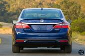 Honda Accord Hybrid 2017  photo 4 http://www.voiturepourlui.com/images/Honda/Accord-Hybrid-2017/Exterieur/Honda_Accord_Hybrid_2017_004_bleu_touring_arriere.jpg