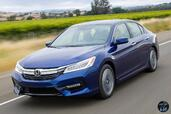 Honda Accord Hybrid 2017  photo 9 http://www.voiturepourlui.com/images/Honda/Accord-Hybrid-2017/Exterieur/Honda_Accord_Hybrid_2017_010_bleu_avant_touring.jpg